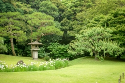 Der Hamarikyū-Park (jap. 浜離宮恩賜庭園)