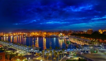 Der Hafen bei Nacht
