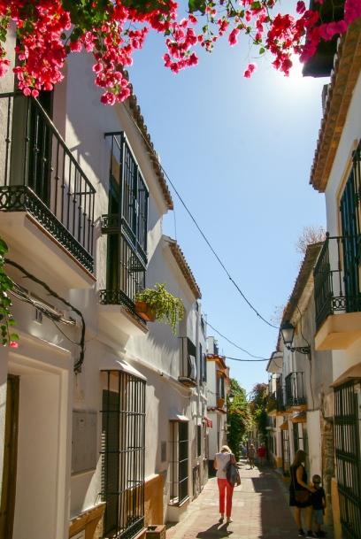 Verwinkelte Gassen in der Altstadt von Marbella.