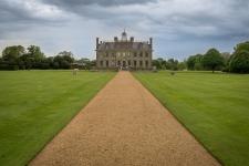 Das Herrenhaus wurde 1663 von Ralph Banks errichtet und diente der Familie einige Jarhunderte als Landsitz.